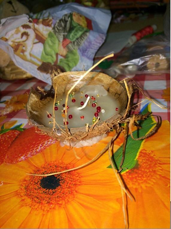 svecha-iz-kokosa
