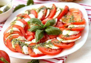 Легкая итальянская закуска
