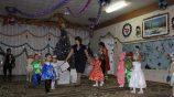 Танец на Новый год в детском саду